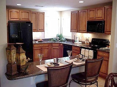 Newly Renovated Kitchen w/ all the Amenities