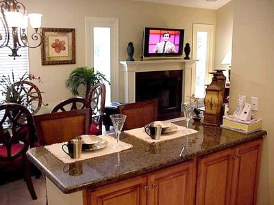 Breakfast Bar and Dining Room w/ a View